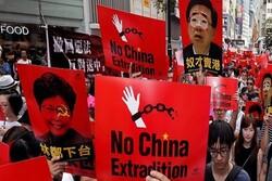 """واشنطن """"قلقة"""" لمشروع تسليم المطلوبين بين هونغ كونغ والصين"""