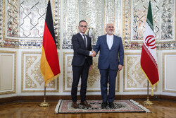 Zarif, Maas meeting in Tehran