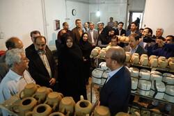 کارگاه سفالگری درشهرستان البرز به بهره برداری رسید