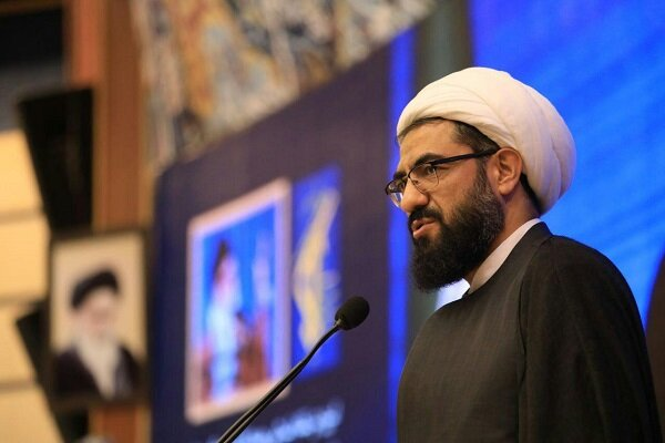 برگزاری مراسم عید غدیر ترویج دهنده نشاط اجتماعی در جامعه است