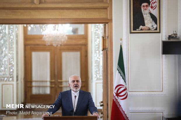 Press conference of Iran's Zarif, German's Maas in Tehran