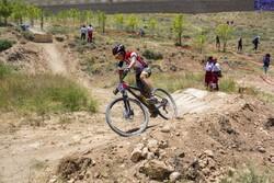 ۳۰۰ ورزشکار در ورزش دوچرخه سواری فعالیت می کنند