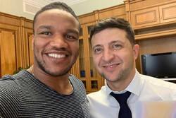 دورخیز قهرمان کشتی جهان برای حضور در پارلمان اوکراین