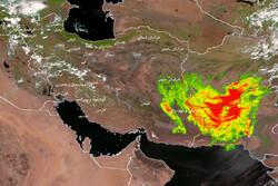 گردوغبار بادهای ۱۲۰ روزه سیستان به سواحل پاکستان رسید
