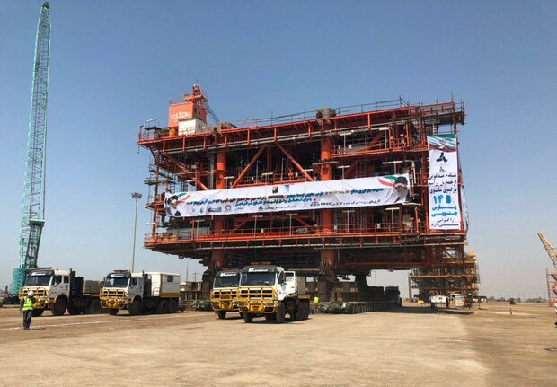 South Pars platform 14B shipped to be installed on offshore spot