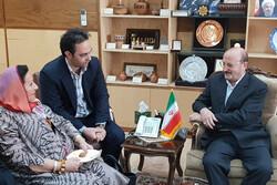دیدار رئیس منطقه آسیا و اقیانوسیه شورای جهانی صنایع دستی با استاندار قزوین