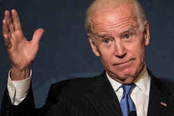 Biden maneuvers in Texas and Wisconsin