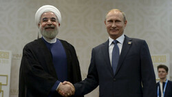 Rouhani congratulates Putin on Russia Day