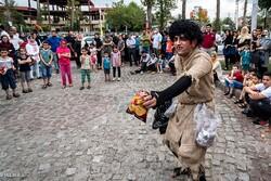 دهمین جشنواره تئاتر خیابانی شهروند لاهیجان برگزار می شود