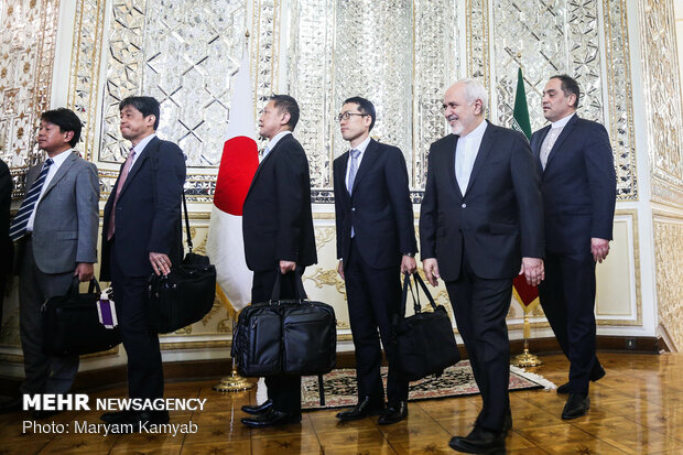 Meeting of Iran, Japan FMs in Tehran