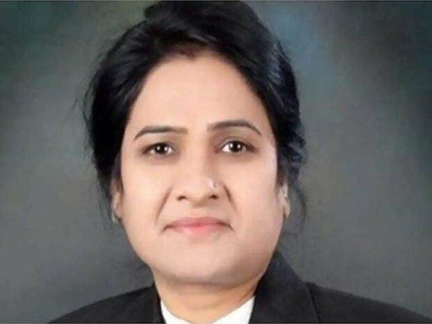 آگرہ کی عدالت میں بار کونسل کی خاتون صدر کو وکیل ساتھی نے قتل کردیا