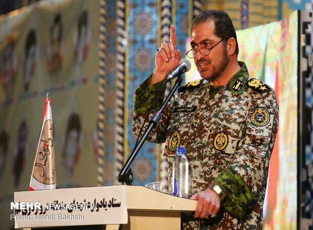 Iran to give harsh answer to enemies' foolishness: Top commander