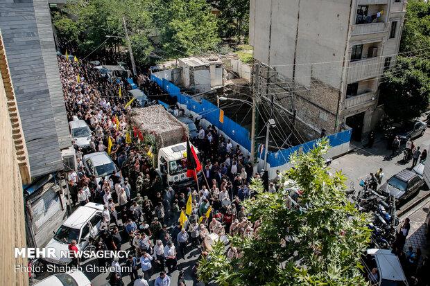تشييع جثمان قائد لواء زينبيون محمد جنتي