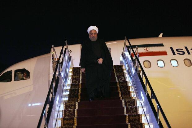 الرئيس روحاني يصل الى بيشكك