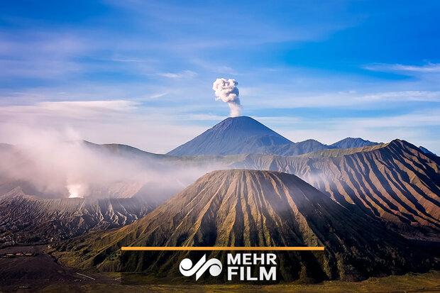 فیلمی از فوران یک کوه آتشفشانی در اندونزی
