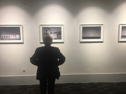 نمایشگاه عکس «اینجا» در شیراز افتتاح شد