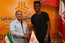 مدافع غنایی از تیم فوتبال سایپا جدا شد