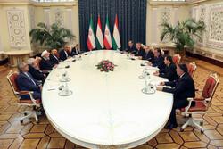 روحاني: يجب توسيع امتداد العلاقات بين طهران ودوشنبه أكثر من أي وقت مضى
