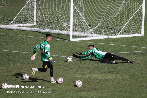 Iran U23 football team first training under Majidi
