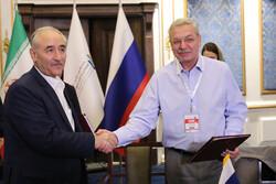 ایران و روسیه در بخش انرژی تفاهمنامه همکاری امضا کردند