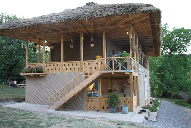 یک واحد بوم گردی در روستای موشنگاه رشت افتتاح شد