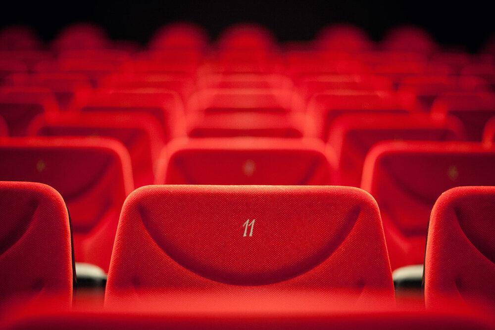 سینما و تئاتر در آستانه کمای مجدد/ تعطیلی مراکز هنری سراسری میشود؟