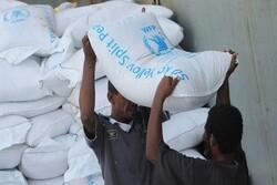 استفاده ابزاری از کمکهای بشردوستانه/ مواد غذایی فاسد در سفره یمنیها