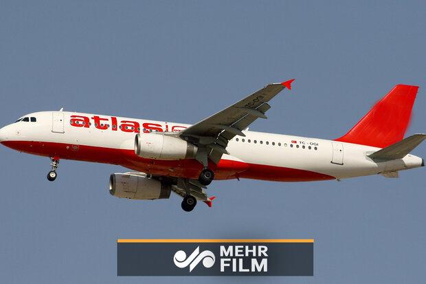 VIDEO: Intense turbulence leaves 10 injured