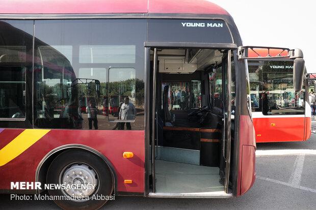 ۸ دستگاه اتوبوس پیشرو دیزل بازسازی شده در کرمان رونمایی شد