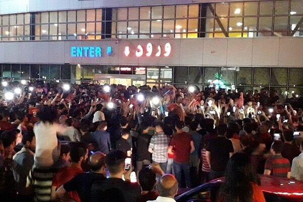 Tebriz'de Mustafa Denizli izdihamı