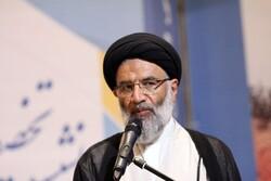مسئولان نباید در نظام اسلامی زندگی اشرافی داشته باشند