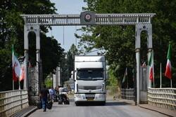 İran kamyonlarının Karabağ'a girişi yasaklandı