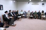 قائد الثورة الاسلامية يلتقي المشرفين على مؤتمر شهداء محافظة كردستان /صور
