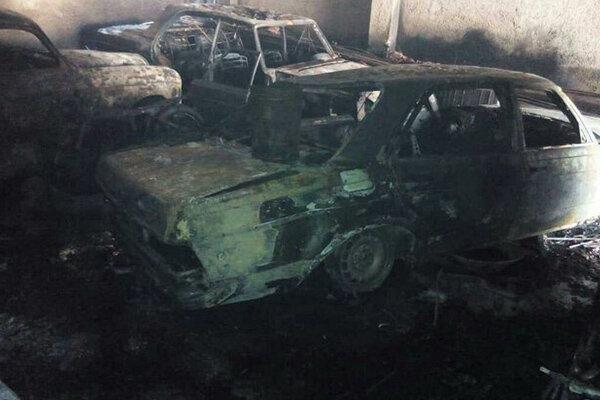 مرگ یک نفر در آتش سوزی ساختمان محل نگهداری خودروهای کلاسیک