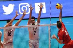 ایران اور پرتگال کی والیبال کی قومی ٹیموں کے درمیان مقابلہ