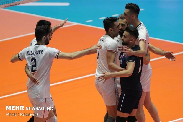 دیدار تیم های ملی والیبال ایران و پرتغال