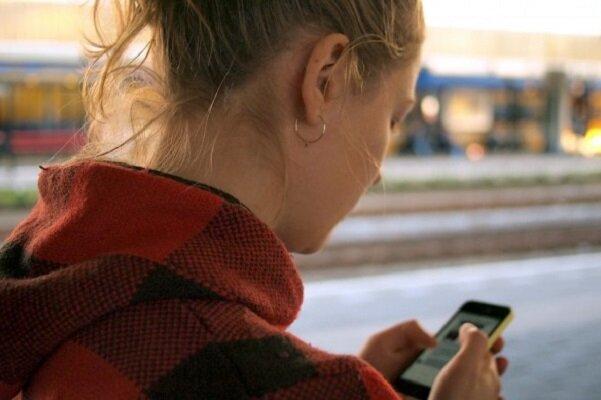 استفاده زیاد از موبایل عامل رشد غیرعادی استخوان های جمجمه