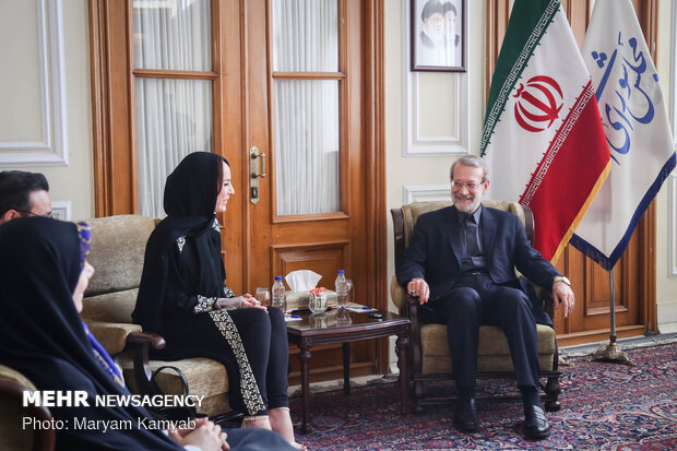 Parl. speaker Larijani meets with IPU president