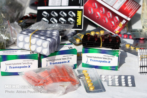 کشف ۶۸۷ قوطی داروی قاچاق در چرداول