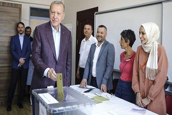 Erdoğan oyunu Üsküdar'da kullandı