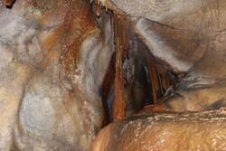 قبض آبی که منجر به کشف یک غار در کاشان شد