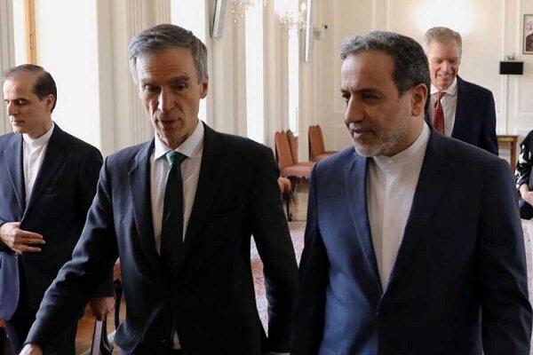 عراقجي يطالب بريطانيا بدفع ديونها تجاه ايران