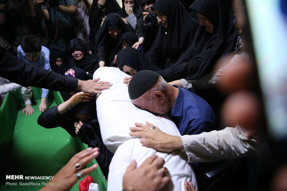وداع با پیکر شهید مدافع حرم ابراهیم عشریه در معراج شهدا