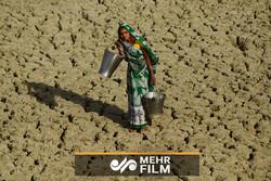 ہندوستان میں شدید گرمی کے باعث 100 سے زائد افراد ہلاک