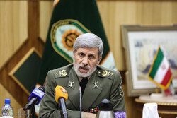 MoD Hatami vows 'harsh response' to any aggression against Iranian soil