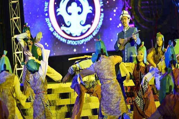 پنجمین جشنواره جهانی حماسه سرایی اقوام جهان برگزار میشود