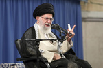 قائد الثورة: جميع المسؤولين في إيران على اعتقاد بأنه لن يتم التفاوض مع أميركا