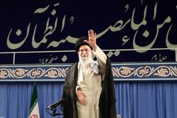 قائد الثورة الاسلامية يستقبل جمعا من المسؤولين والقائمين على شؤون الحج