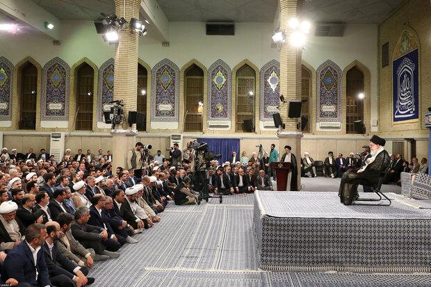 Judiciary personnel meet Ayatollah Khamenei