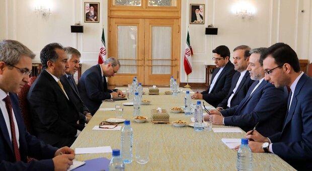 İran, ABD'nin zorbalıkları karşısında direnecektir